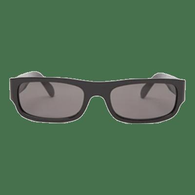 Semaine tastemaker wears sunglasses by Celine