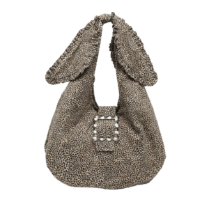 Semaine tastemaker Pixie Geldof wears Ellery Leo-print bag