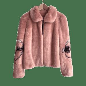 Semaine tastemaker Pixie Geldof wears faux fur coat