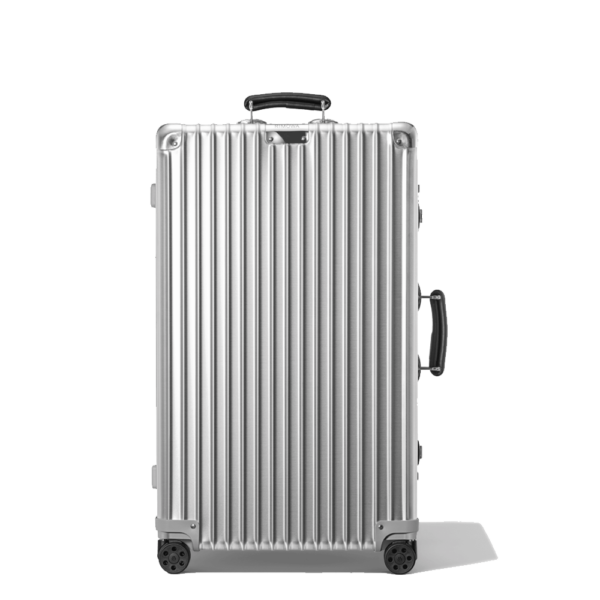Semaine tastemaker Christiaan uses Rimowa Classic Suitcase