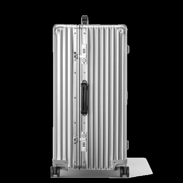 Semaine tastemaker Christiaan uses this Rimowa Suitcase